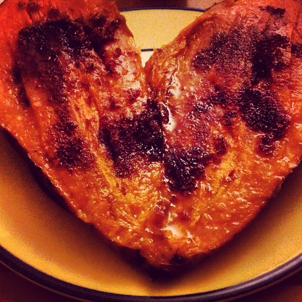 I heart roasted sweet potatoes with brown sugar. Yum! #liveeatconnect