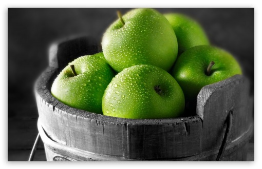 The fruit for the month of April is…..Green Apples! Yes! Simple, easy, tangy, and sweet. The green apple is a great base for juicing, eating as a snack, and even baking. Sometimes I will cut one up with a bit of Irish cheddar and enjoy. Some people love it with peanut or even almond butter. Let me know how you have utilized the crisp, clean, and flavorful taste of the green apple this month and share your tips, tricks, and recipes with the rest of The Citrus Life Crew! Can't wait to hear and see what you all have put together. Smooches!