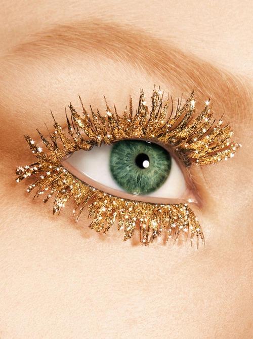 Christmas eyelashes come early. sparkrebel: gilded lashes