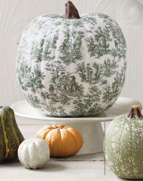 oliviamarlowe: Pumpkin decoration!