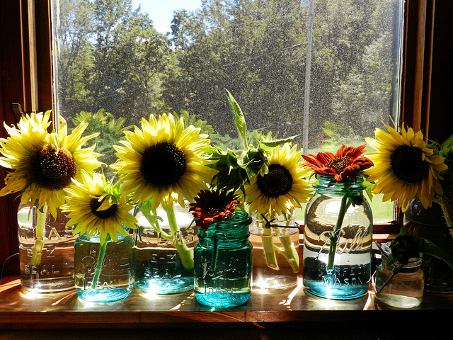 Always keep Summer inside with these beautiful sunflowers