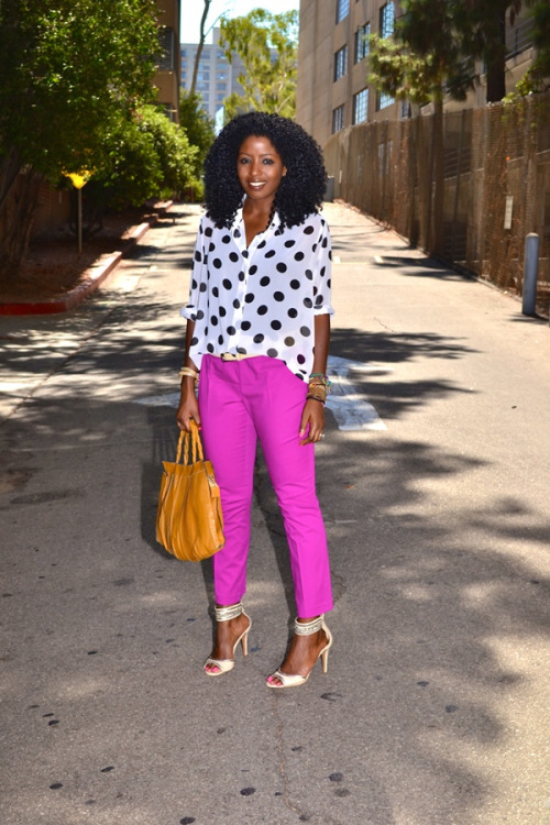 These pink/lavendar pants pair great with B&W Polka Dots @StylePantry