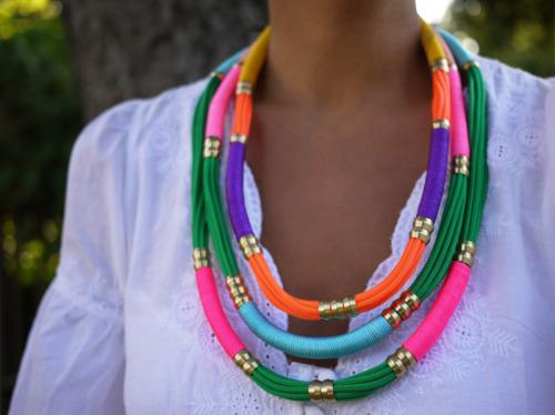 cenizasyarena: DIY Utility Rope Necklace. So gorgeous.