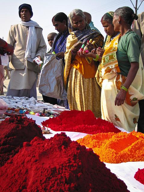 Oh the beautiful colors! v-agabonds: Ardh Kumbh Mela, Prayag प्रयाग by Marji Lang on Flickr.