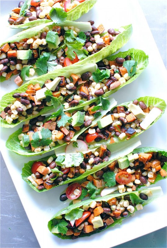 Love this! Nice and light meal for any day this Summer. beautifulpicturesofhealthyfood: Vegetarian Mexican Salad Boats…RECIPE
