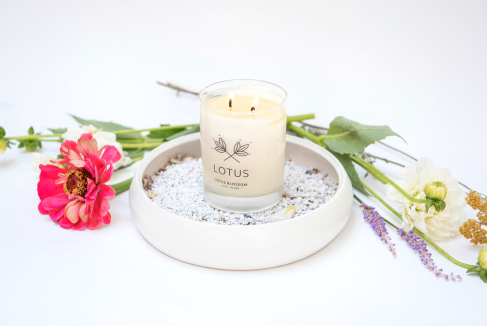 Lotus Candle TLC.png