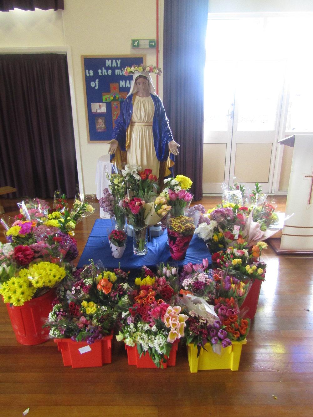 Marian Liturgy May 2017.jpg