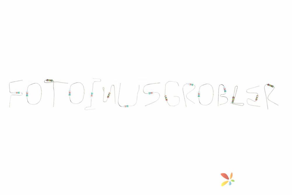 Making Words With Resistors, Fotoinusgrobler