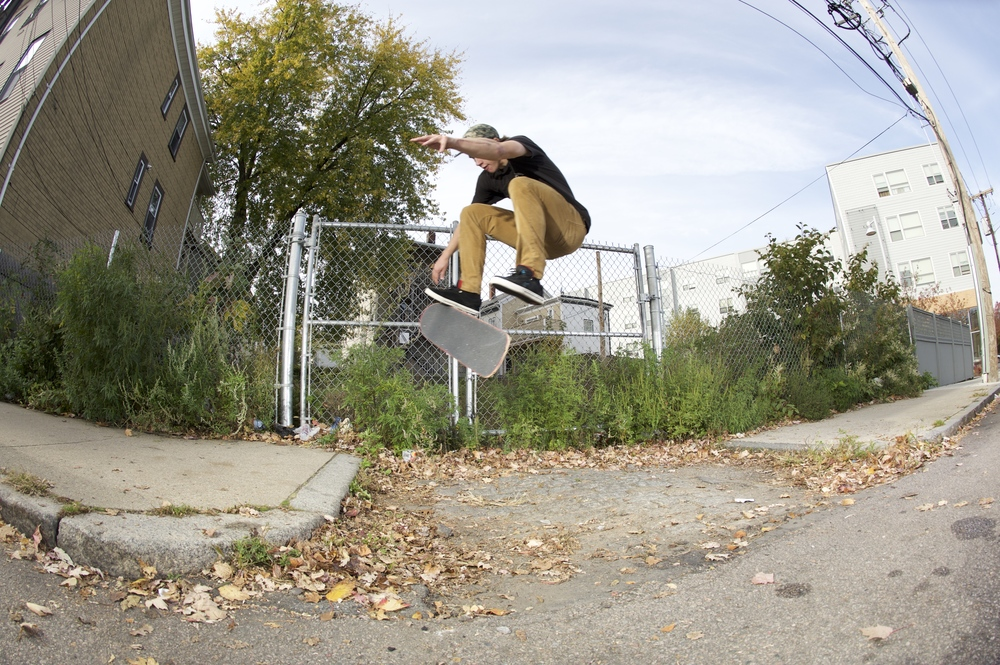 MATT LANE / FS KICKFLIP / BOSTON, MA