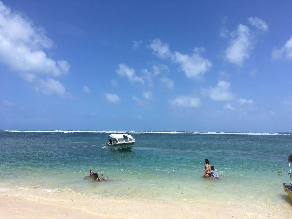 Taking a boat tour around Bocas Del Toro