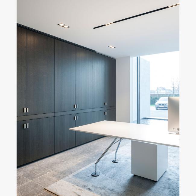 """Delta Light - """"Splitline 52"""" - Versluys Bouwgroep (Corporate Building) in Ostend - Belgium"""