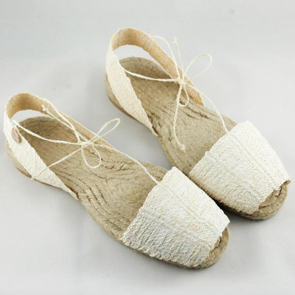 my favorite summer sandals: the handmade traditional footwear of the island, so comfortable to the feet.
