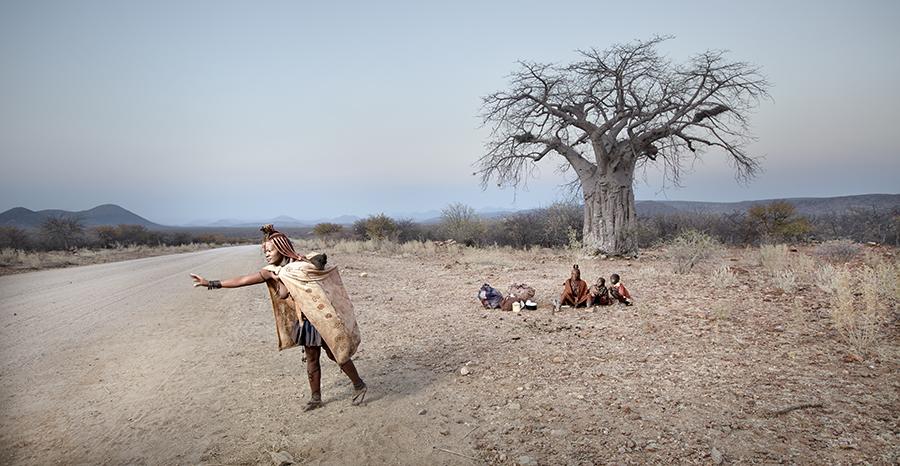 Hitching Himba