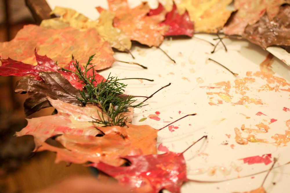 painted-leaves-adult-crafts