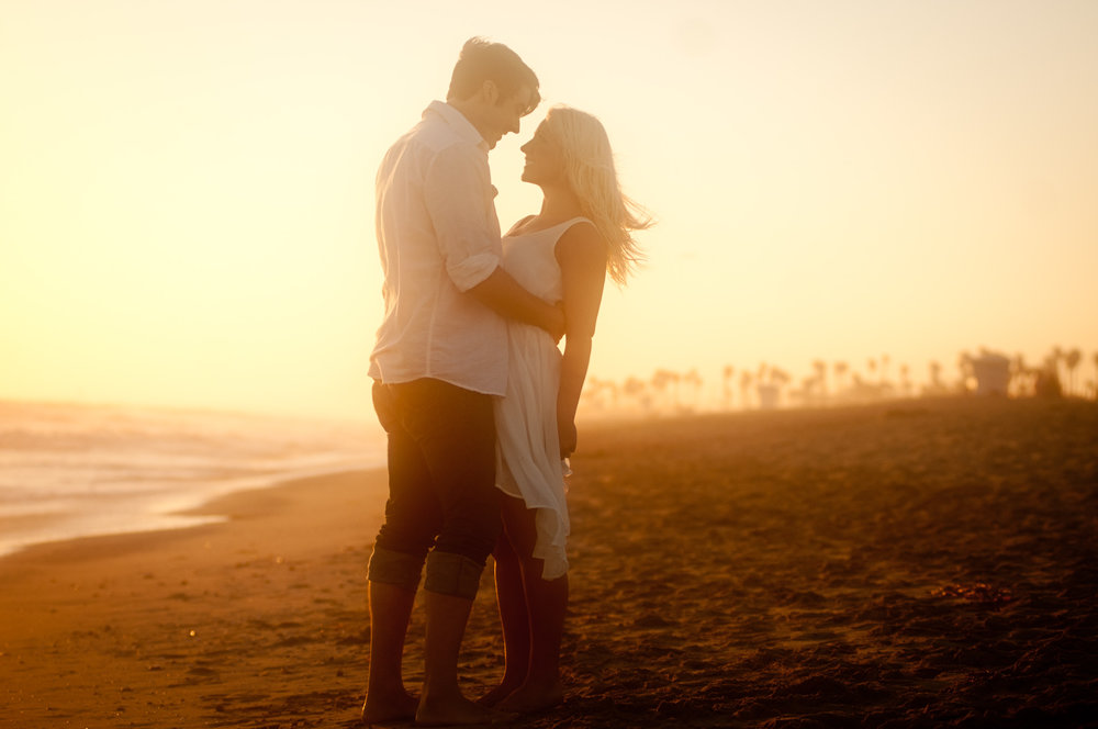 seattle engagement photos, sunset beach engagement photos