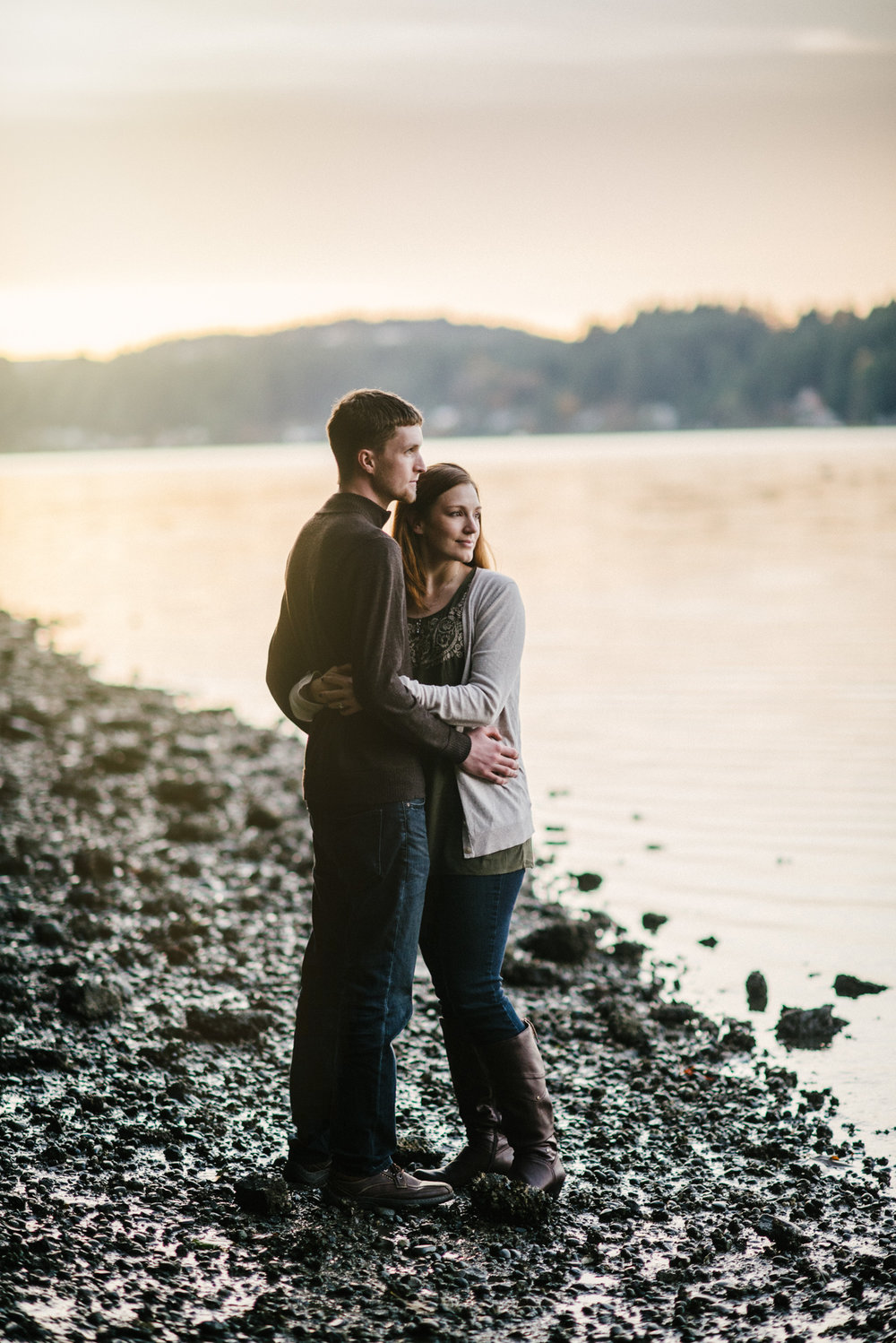 seattle engagment photographer lake chelan engagement photographer karissa roe-13.jpg