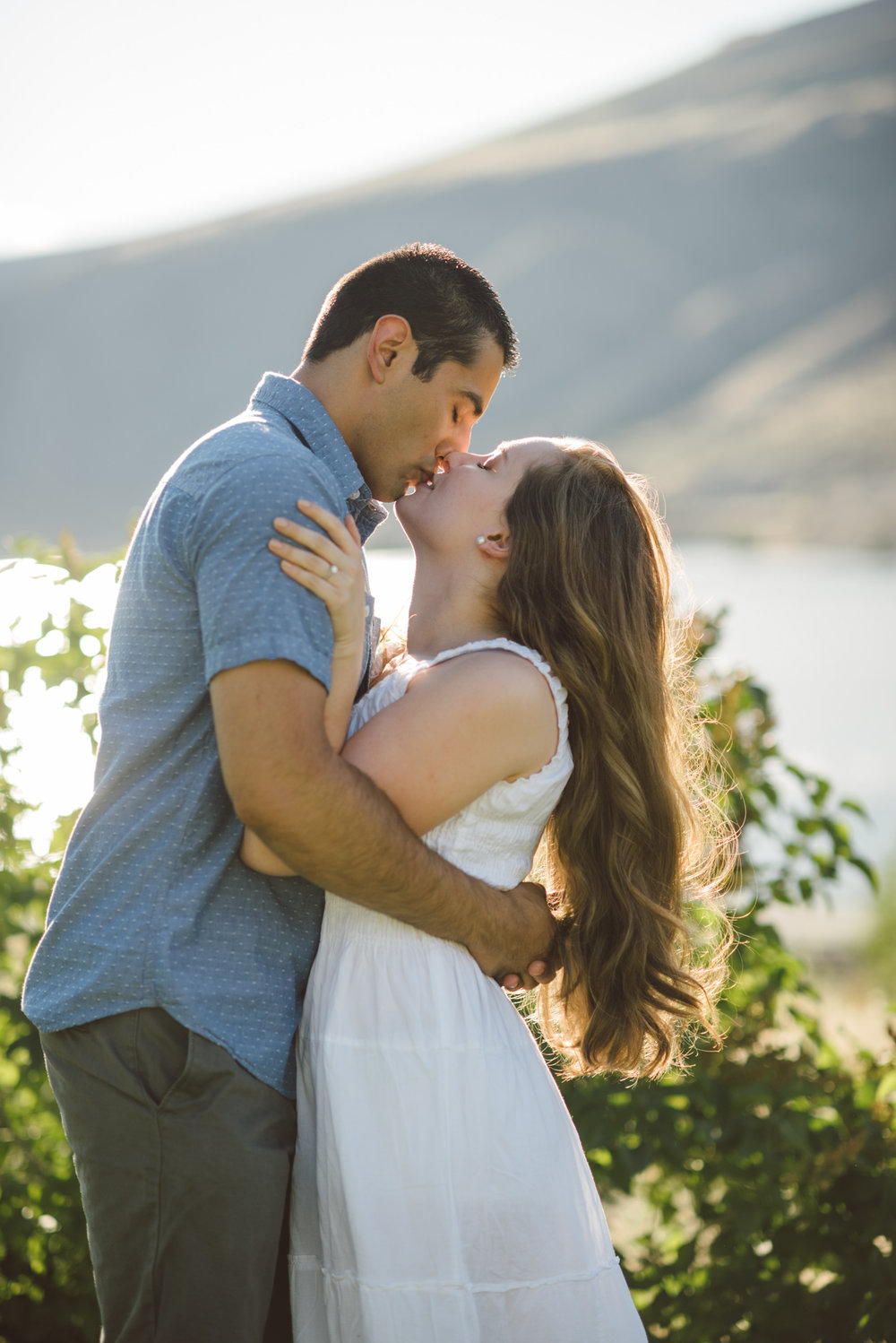 lake chelan engagement photos
