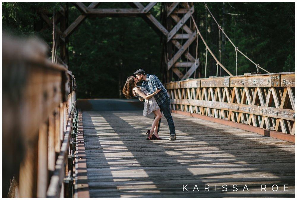 FallMountRainierEngagementPhotosByKarissaRoePhotography-18.jpg