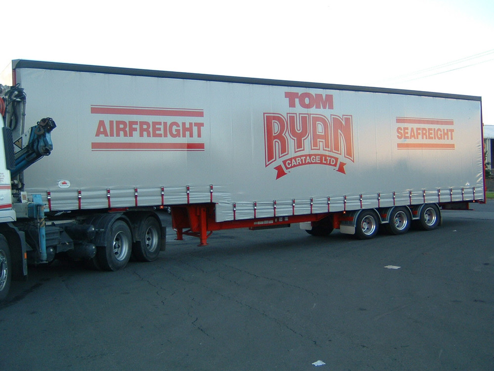 artic curtain trailer.jpg