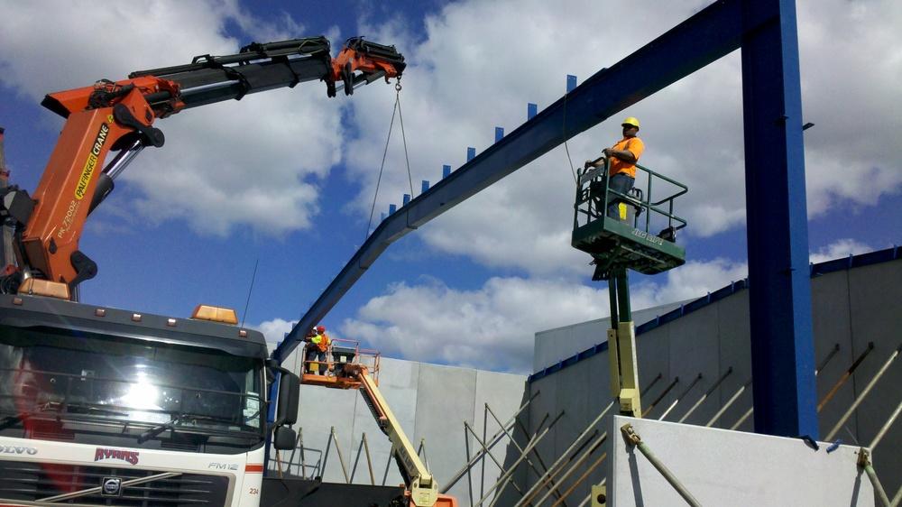 234 Crane lifting steel beam.jpg