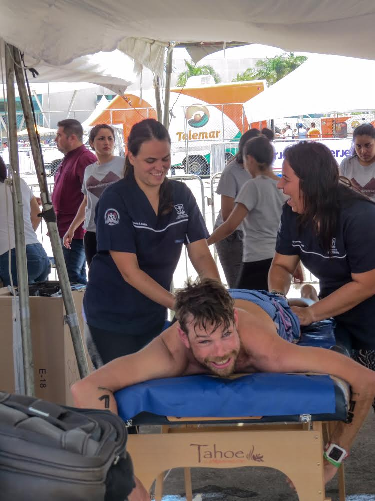 chris_massage_table_Campeche.jpg