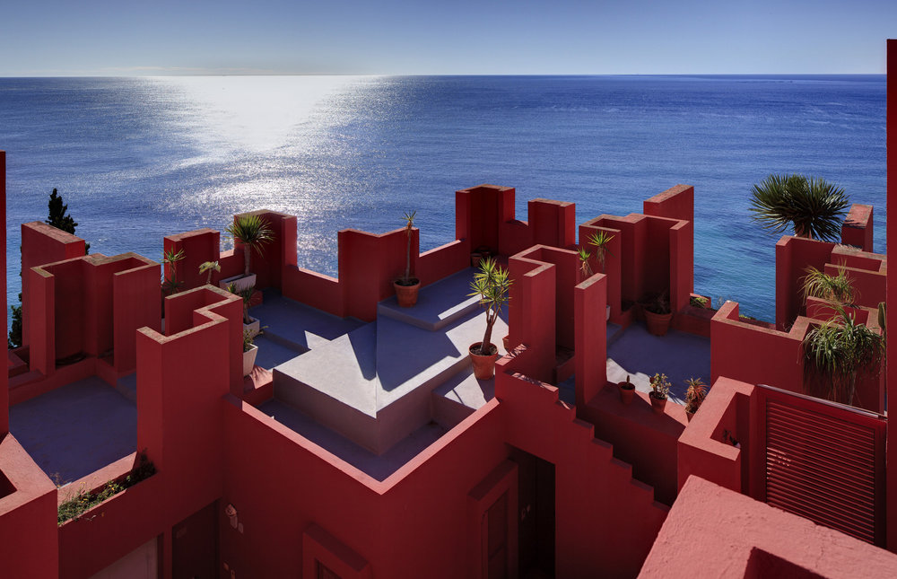 Ricardo Bofil's Casa - via Amuse.co