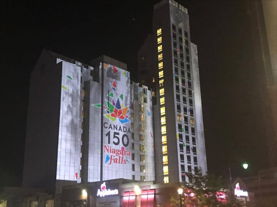 Niagara falls building.jpg
