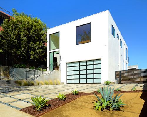 Modern Silver Lake Residence — New Utopia
