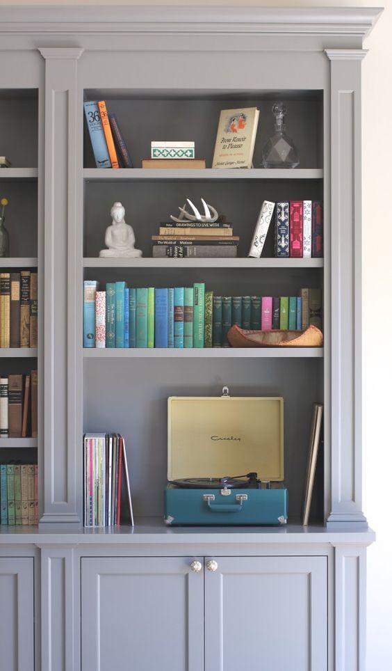 styled-bookcase-1.jpg
