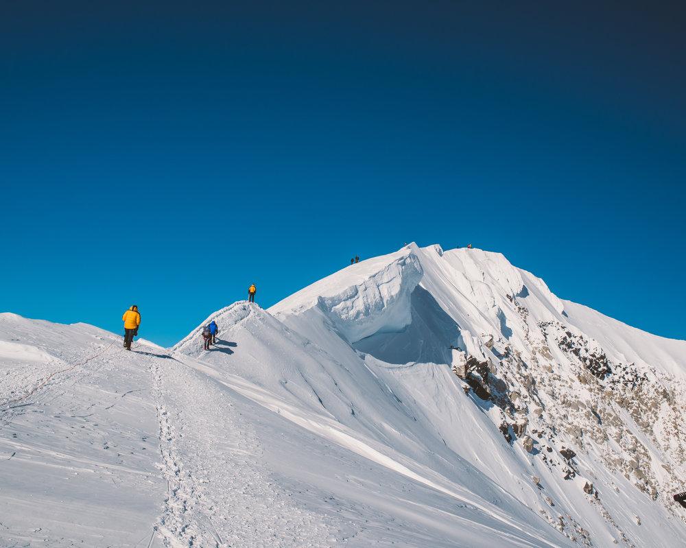 Alaska-Range-by-Ivan-Bideac-DEN_5757.jpg