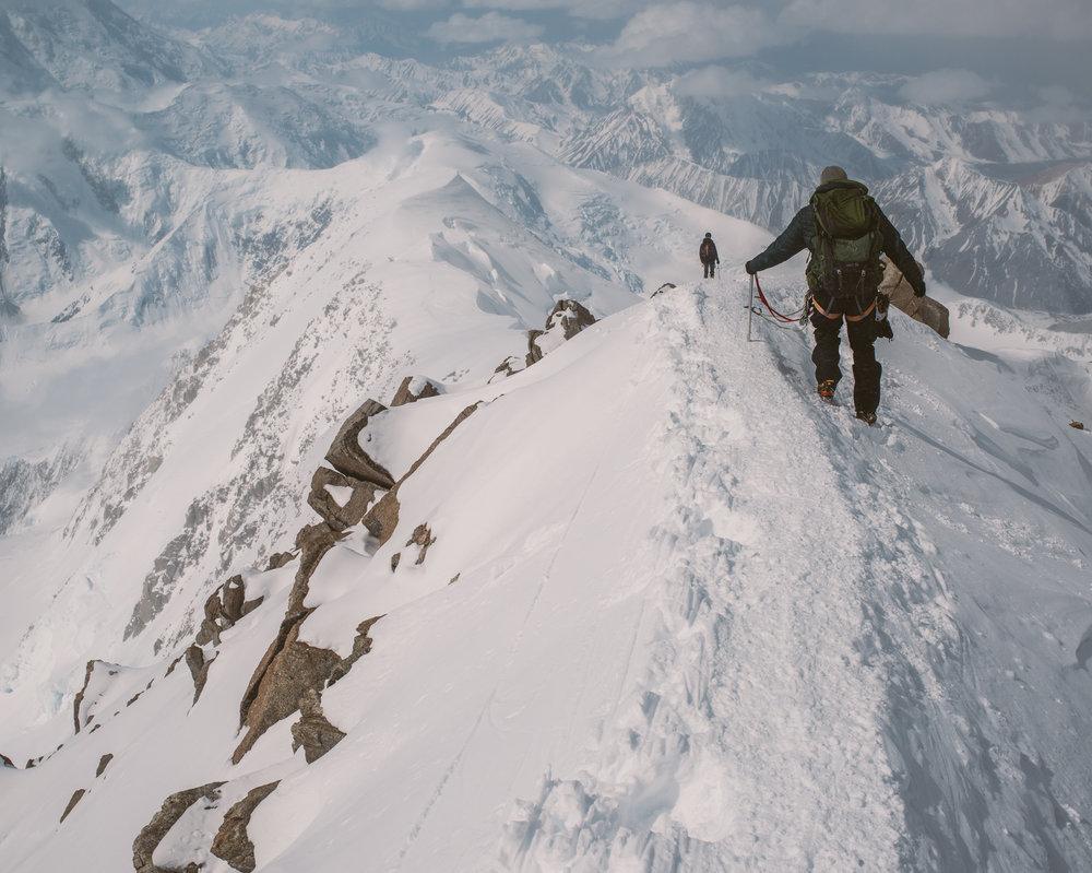Alaska-Range-by-Ivan-Bideac-DEN_5710.jpg