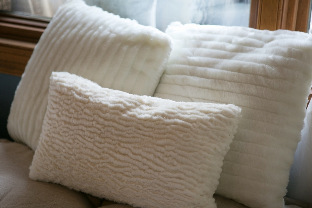 Faux fur pillows all color and sizes
