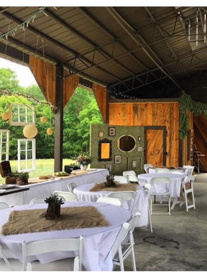 inside of barn wedding.jpg