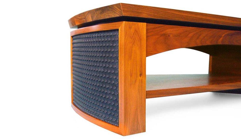 Cambium Studio.Table.Chunky & Bumpy.1.jpg