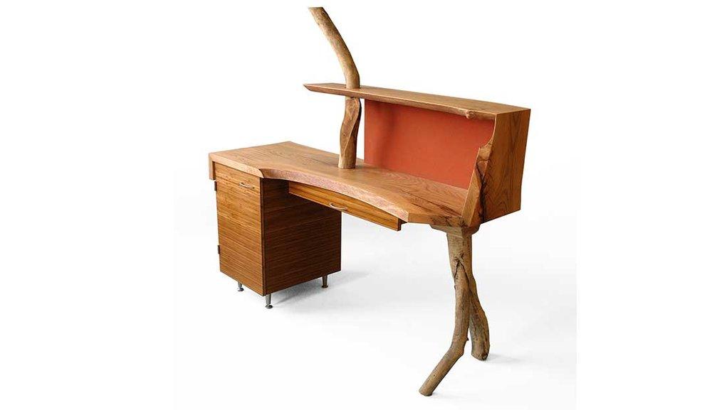 Cambium Studio.Branch Desk.side