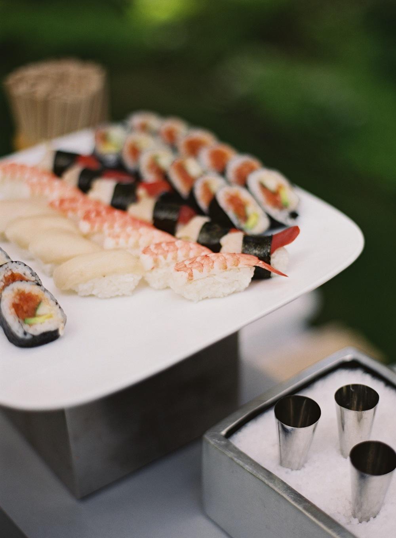 eat 009362-R1-016.jpg