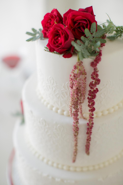 dessert table cake2.jpg