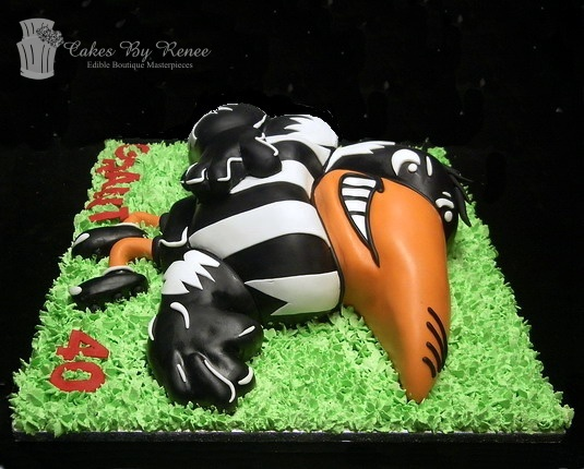 May 25 - Collingwood Magpies AFL football mascot cake side view.jpg