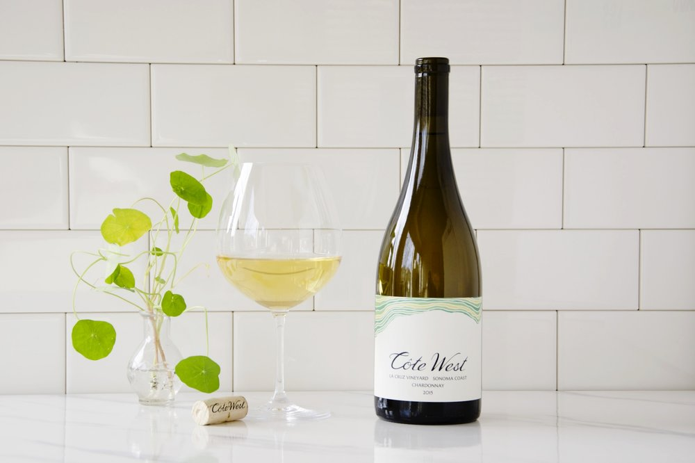 2015 La Cruz Sonoma Coast Chardonnay   Medium body, pleasant acidity, and notes of green apple, citrus, and caramel.