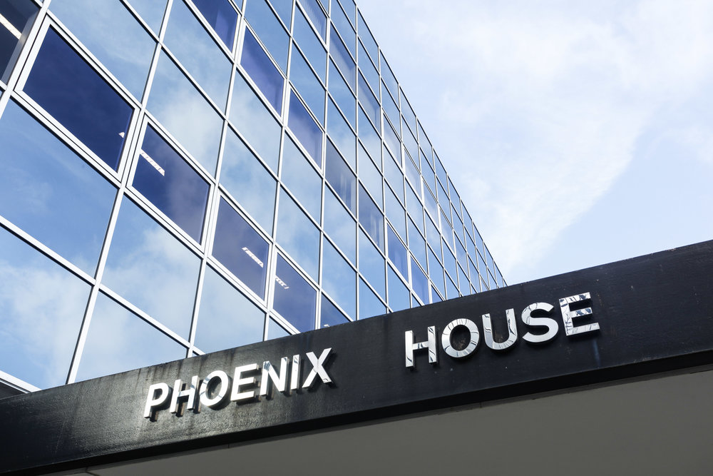 INVESTMENT - SALE Phoenix House - Multi-let Office - Milton Keynes 75,465 sq ft of highly specified office accommodation Client - IM Properties Purchaser - Confidential Price - £11.41mm - 7.25% NIY