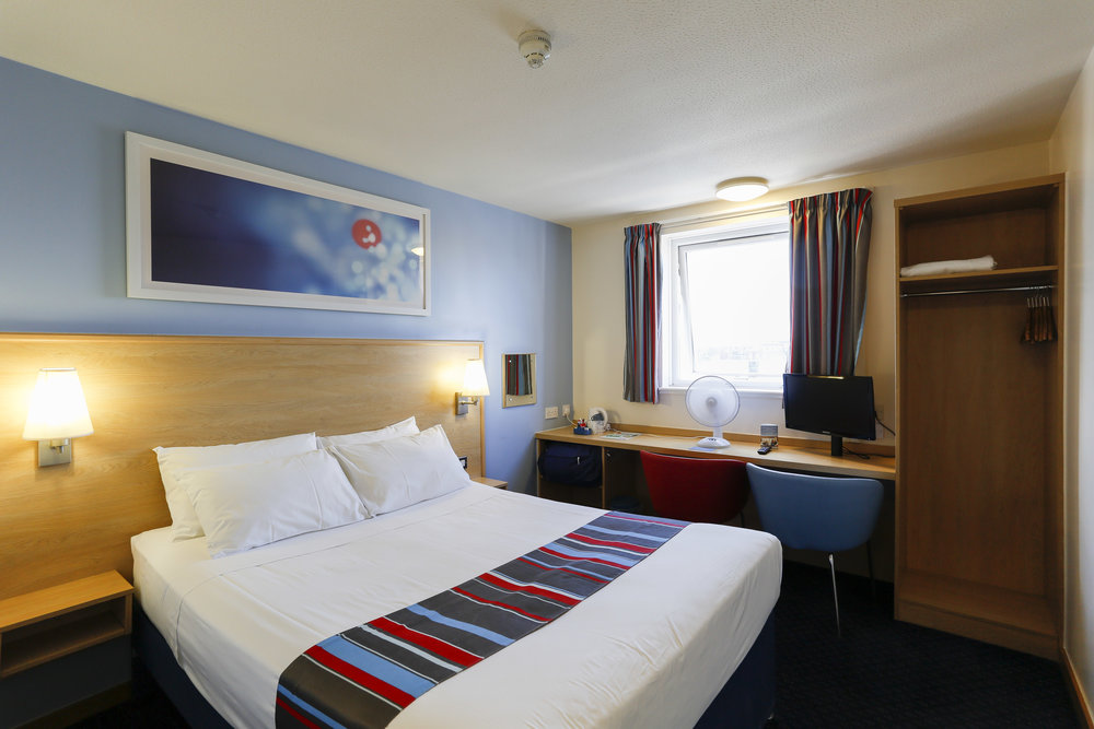 Kim-Kew Travelodge-5578.jpg