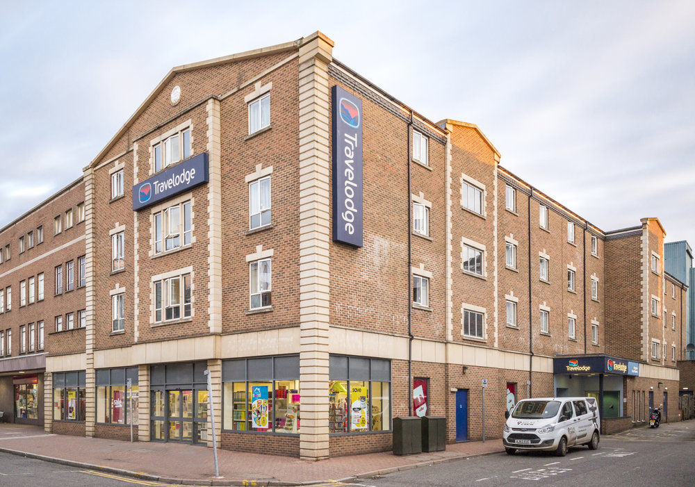 HOTEL - INVESTMENT - SALE    Travelodge Hotel - Kingston upon Thames   72 bed budget hotel let on a single lease to Travelodge Hotels Ltd   Client -  UK Prop Co   Purchaser -  Confidential   Price  - Circa £13m