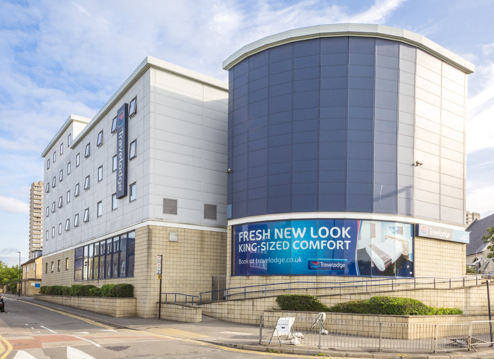HOTEL - INVESTMENT - SALE    Travelodge Hotel - Kew Bridge   111 bed budget hotel let on a single lease to Travelodge Hotels Ltd   Client -  UK Prop Co   Purchaser -  Confidential   Price  - Circa £29m