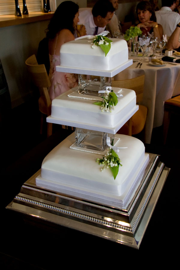 Beth & Sam's wedding cake