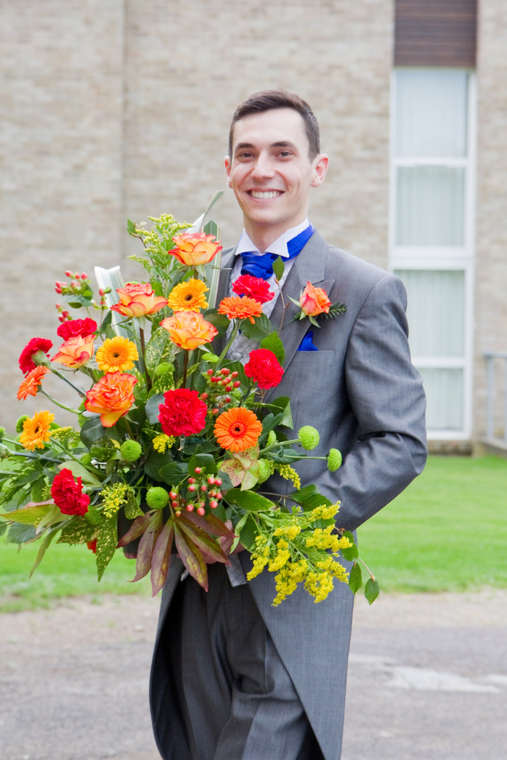 Red & Orange Wedding Colours, Helen England Photography, Kent, U.K