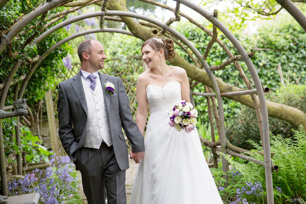 Natural Wedding Photography, Archbishops Palace, Helen England Photography, Kent, U.K