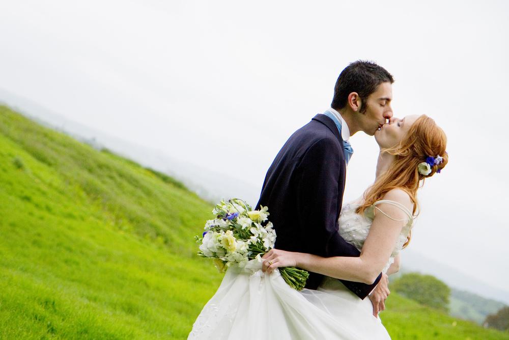 Romantic Wedding Photography, Helen England Photography, Kent, U.K