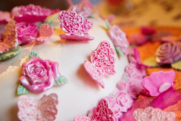 Flowers & Butterflies Wedding Cake, Helen England Photography, Kent, U.K