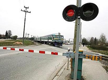 Railway_crossing_221212.jpg