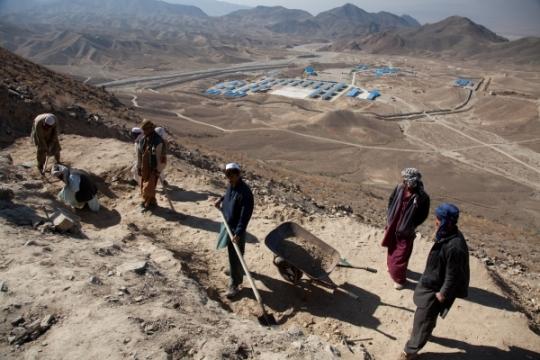 5-afghanistan-mining.jpg